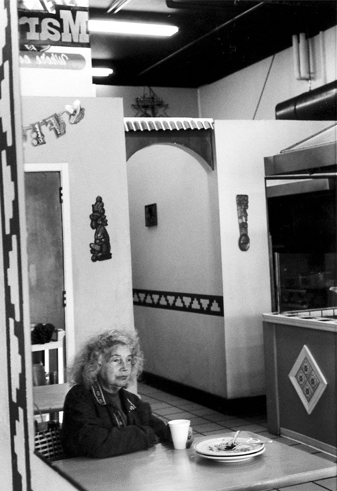 3-9-Petra-Arnold-Fotografie-Streetlife-Photography-Portraits-San-Francisco-In-Solitude-Streetphotography.jpg