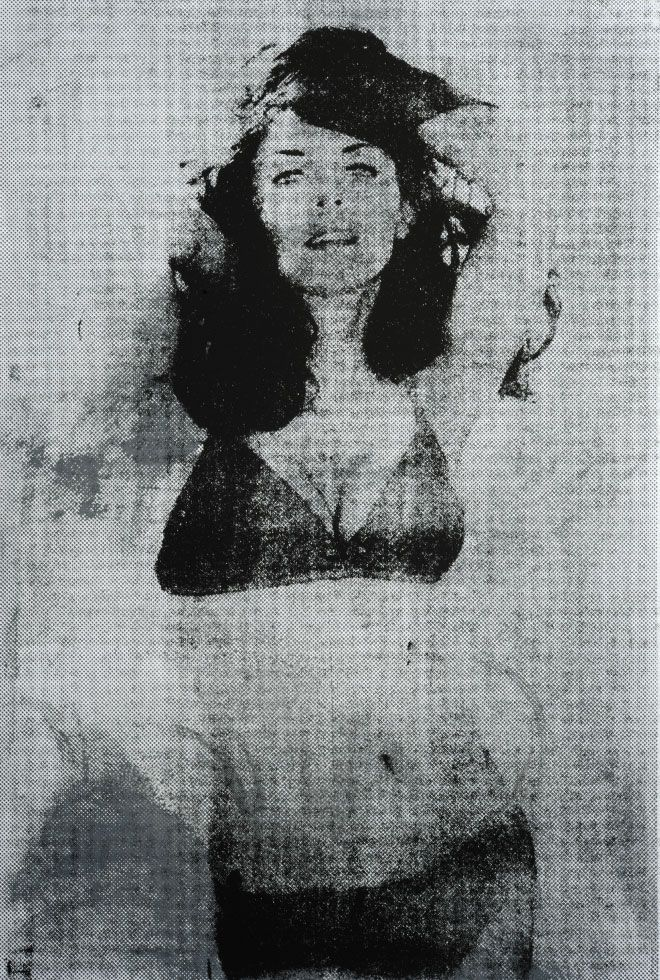 5-Petra-Arnold-Fotografie-Photography-Image-Petra-Arnold-Lola-black-grey-Series-Silkscreen-Pop-Art-Pin-Up-Printing.jpg